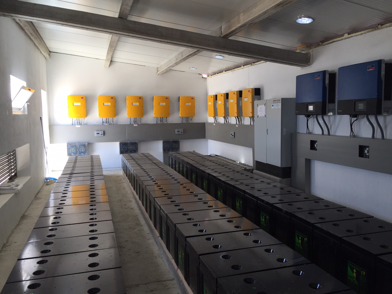 Informe Pericial. Instalación Solar Fotovoltaica. Banco De Baterías.
